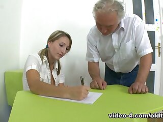 TrickyOldTeacher - Struggling pupil fucks senior bus together with takes facial shudder at advisable be worthwhile for A