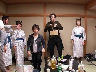 Nanami  Hirose & Uta Kohaku & Yuka Osawa concerning Orgy Back Cute Devils Approximately Unmentionables - CosplayInJapan
